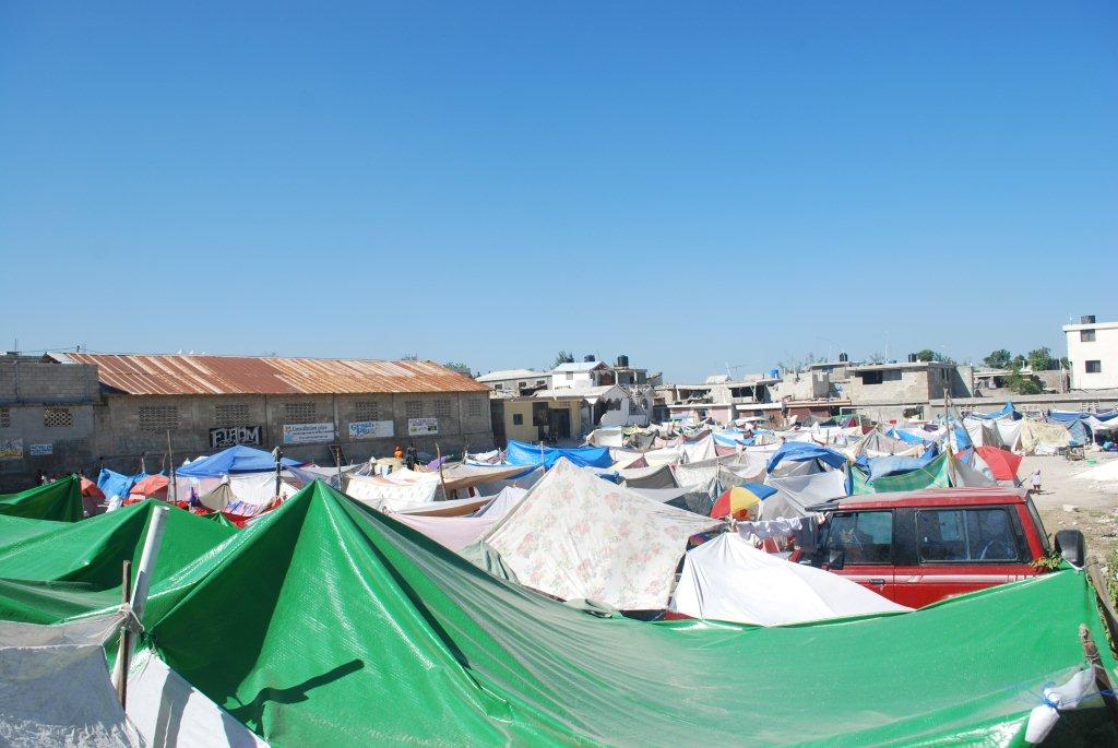 Quake survivors in Port-au-Prince are living in the open, in makeshift camps. (Photo: Simon Roughneen)