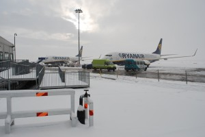 Bleak midwinter at Dublin Airport (Photo: Simon Roughneen)