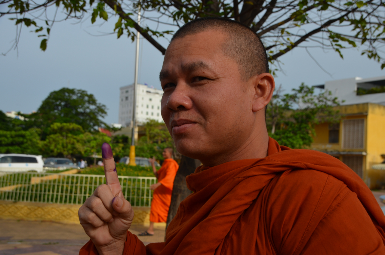 Monk after voting in Phnom Penh on July 28 (Photo: Simon Roughneen)