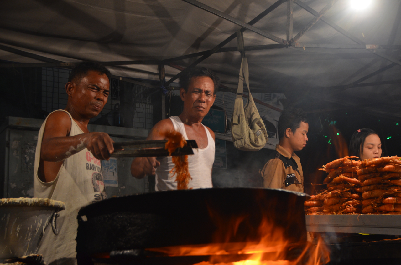 No smoke without fire. Food hawkers at Yangon's Thadyingut street festival (Photo: Simon Roughneen)