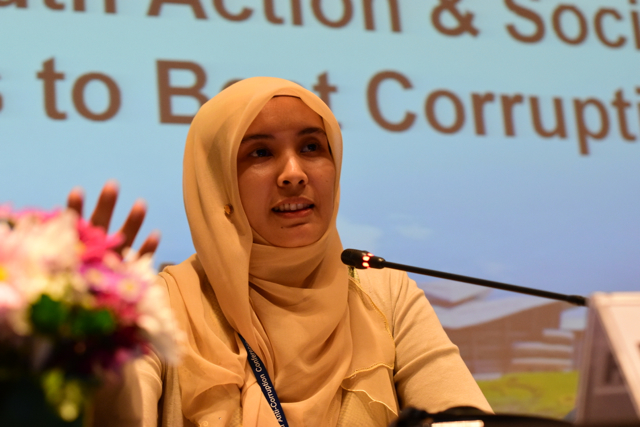 Nurul Izzah Anwar, Malaysian opposition MP, speaks at the IACC in Putrajaya (Photo: Simon Roughneen)