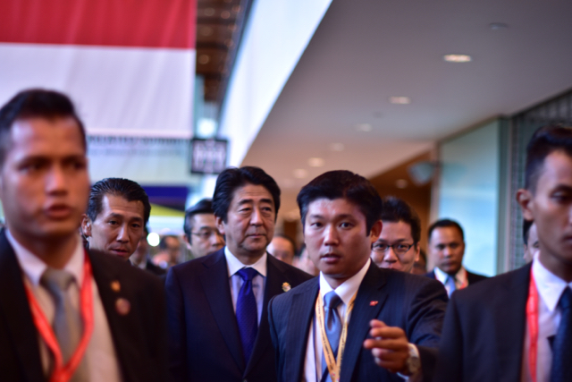 Japanese Prime Minister Shinzo Abe at the ASEAN summits in Kuala Lumpur on Nov. 21 (Photo: Simon Roughneen)