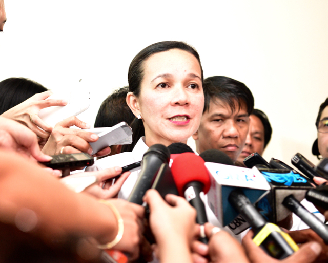 Senator Grace Poe speaking to local press while campaigning for the presidency in Cavite province, south of Manila, on March 17 2015 (Photo: Simon Roughneen)