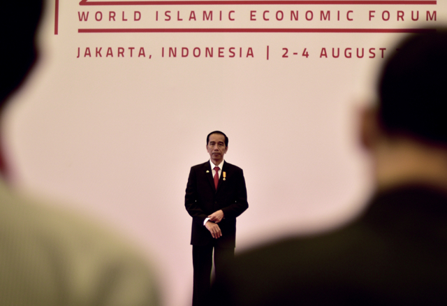 Indonesian President Joko Widodo awaits heads of government at the World Islamic Economic Forum in Jakarta on Aug. 2. (Photo: Simon Roughneen)