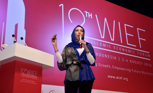 Shinta Witoyo Dhanuwardoyo speaking at the Aug 2-4 2016 World Islamic Economic Forum in Jakarta (Photo: Simon Roughneen)