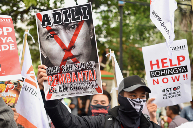 On Nov. 25, 2016, protestors in Jakarta decried the brutal crackdown by Myanmar's army on Rohingya in northern Rakhine State. (Photo by Simon Roughneen)