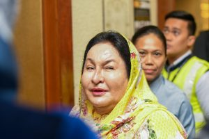 Rosmah Mansor shortly after arriving at Kuala Lumpur High Court on Feb. 6 2020 for the second day of her corruption trial (Simon Roughneen)