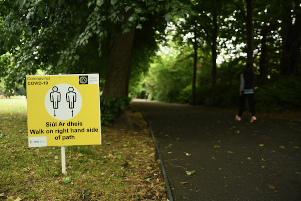 Social distancing guidelines in St. Stephen's Green, a park in central Dublin (Simon Roughneen)
