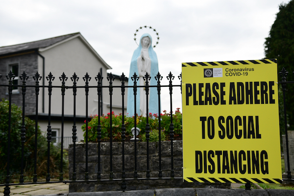 Government reminders about coronavirus-related restrictions are ubiquitous across Ireland (Simon Roughneen)
