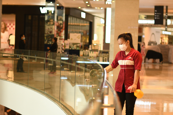 At work in a mall in Kuala Lumpur, Malaysia, a so-called middle-income economy, shortly after the relaxing of the county's first pandemic lockdown in May 2020 (Simon Roughneen)